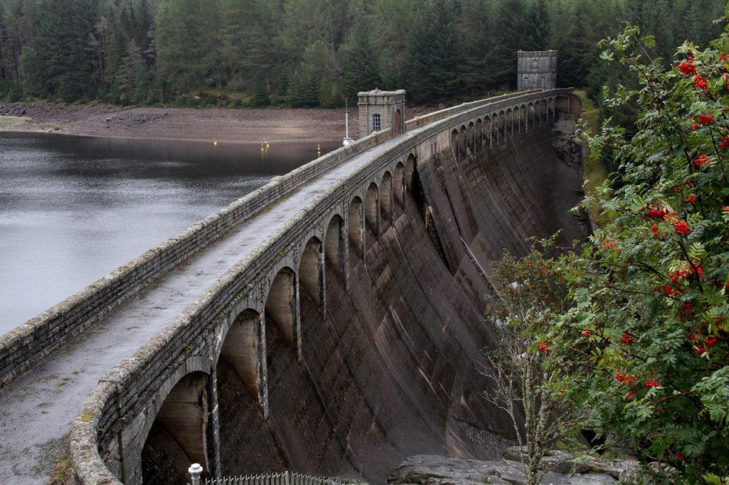 dam-1135987_1280