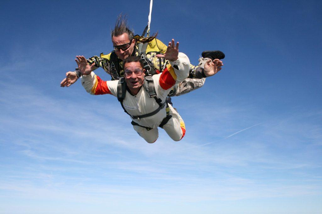 skydiving-721299_1280