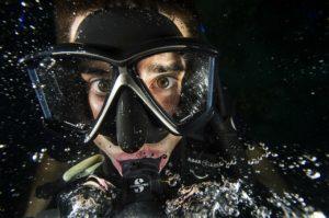 diver-113077_1280