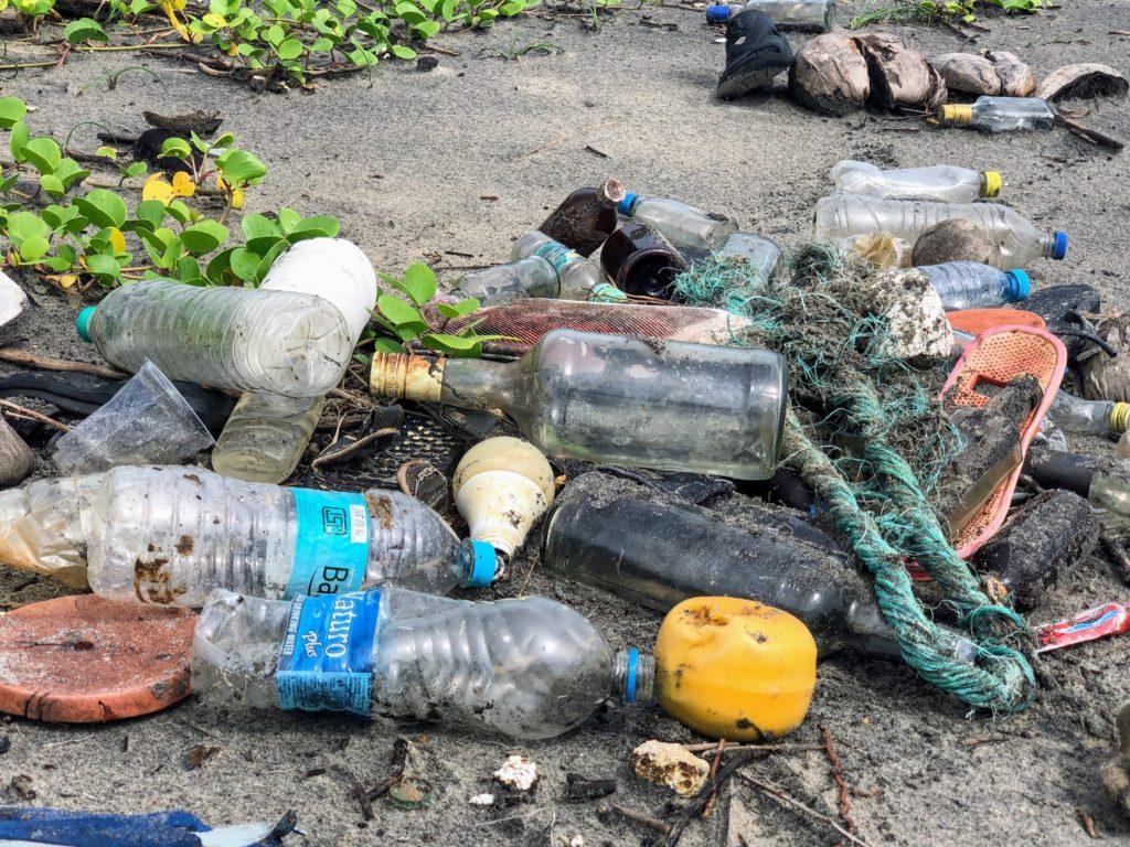 海洋プラスチックゴミ