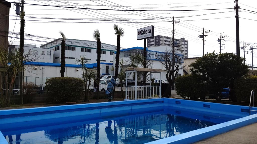 TUSA社屋に併設されているプール